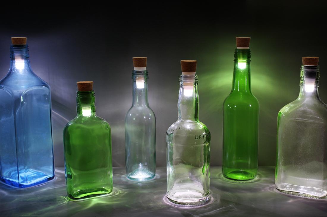 Lege flessen recycling hergebruik van lege fles als for Decoratie fles