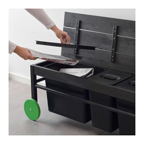 anvandbar-bank-voor-afvalscheiding-zwart
