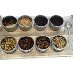 Met de THEEPLANK 2.0 serveer je thee op een bijzondere manier