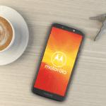 Aldi biedt de Motorola Moto E5 smartphone aan
