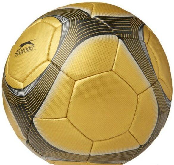 De leukste cadeaus voor jouw voetbalgekke dochter